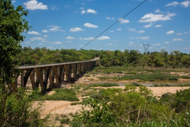 8R2A1283 Gorongosa River 1
