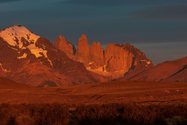 7P8A3121 Torre del Paine Patagonia Southern Chile