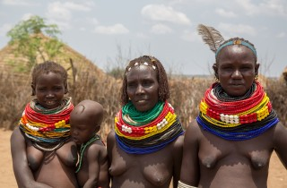 Tribe Nyangotom - Omo Valley, South
