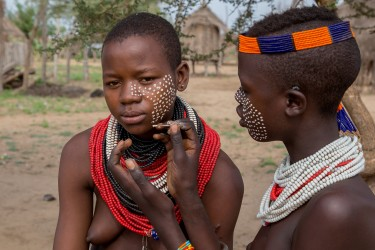 8R2A2501 Tribe Karo Omo Valley South Ethiopia