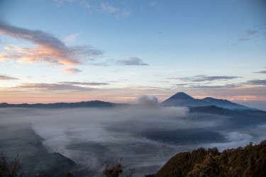 8r2a2650 view of mts. bromo semeru batok and widodaren tengger caldera east java indonesia