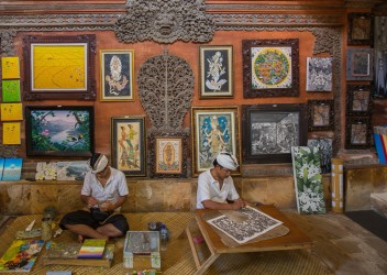 8R2A9847 Handicraft Painting Ubud South Bali Indonesia