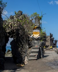 8R2A3472 Batu Bolong old Balinese Temple Lombok Indonesia